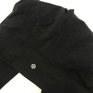 Lululemon pants black